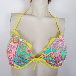 Victoria's secret bikini top size 36 C.